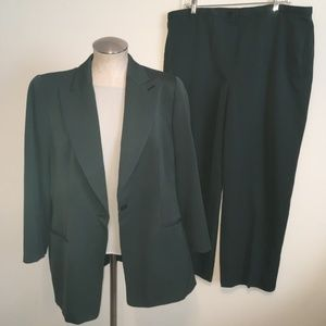 GIORGIO ARMANI Green Jacket Pant & Blouse Suit 14
